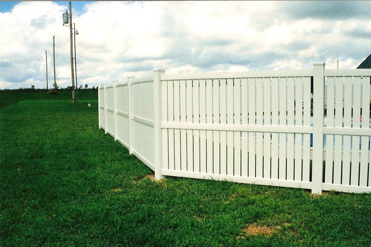 Residential fence w bar y company fences