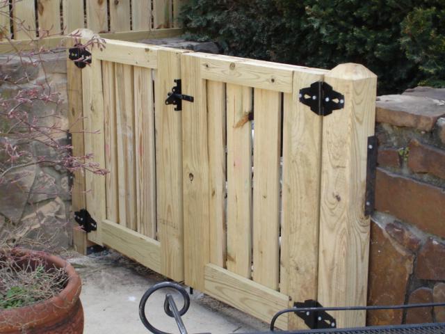 Wood Fence W Bar Y Fence Co