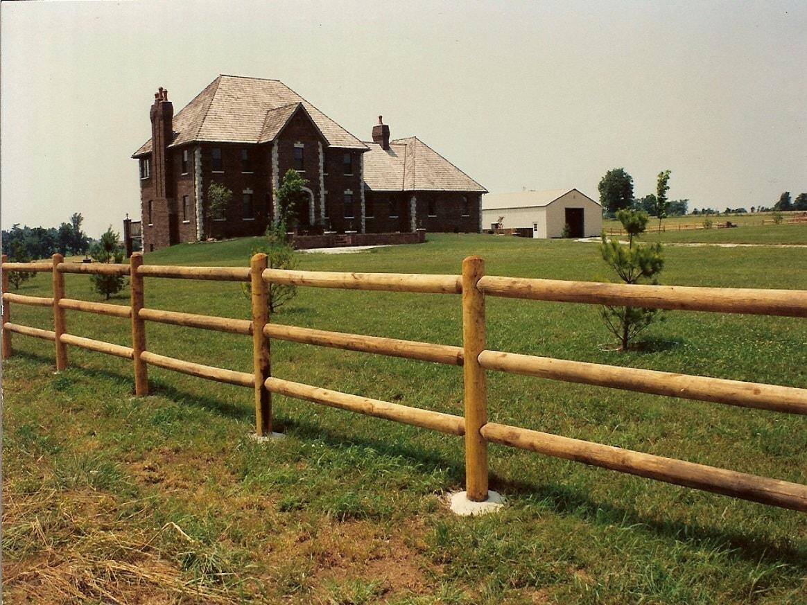 cedar-post-fence-2-min